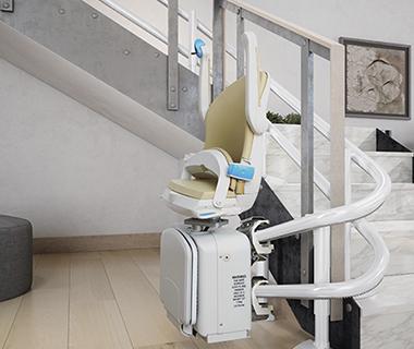 מעלון מתעקל למדרגות מסוג מיניביטור 2000